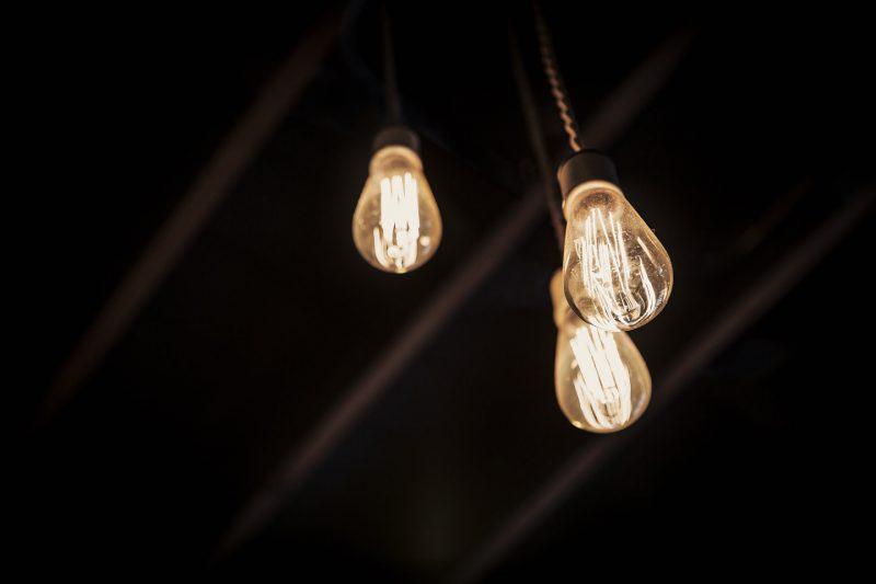 digitalisierung-vs-elektrifizierung-im-aussendienst
